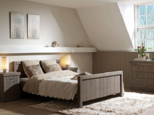 Slaapkamer Inspiratie Wit Grijs : Wit eiken slaapkamer. De linnenkast ...